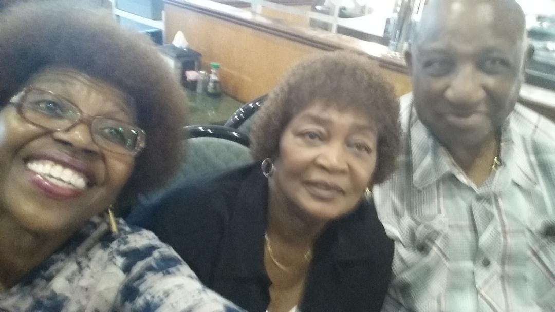 Buffett Mom, Grandpa and Ellarie