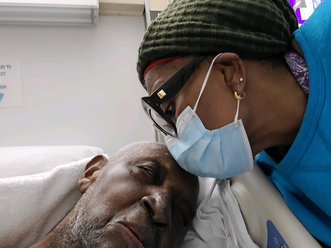 Hospital Kiss 1